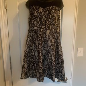 Large Xhilaration black and ivory lace dress.